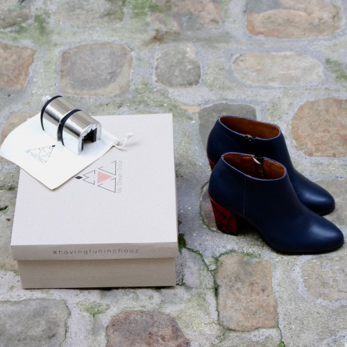 Coffret bottines bleues marine