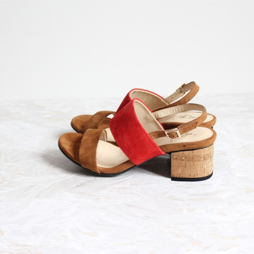 camel and red sandals 4,5 cm cork heels