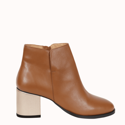 Camel leather boots Monceau